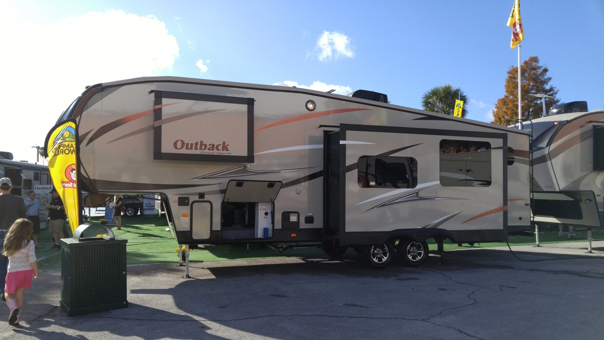 Toy Haulers For Sale Fife Wa >> Outback Fifth Wheel | Upcomingcarshq.com