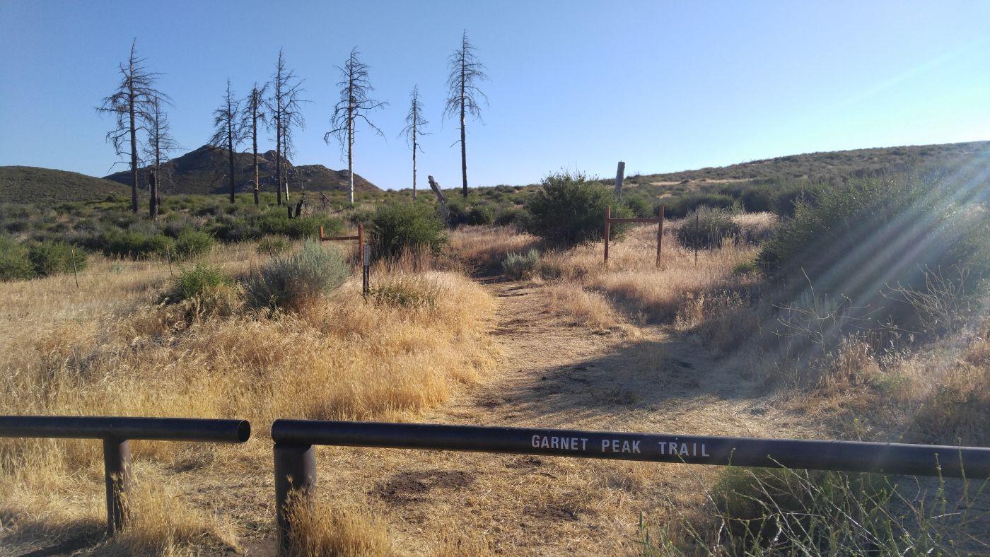 Hike to Garnet Peak Trail