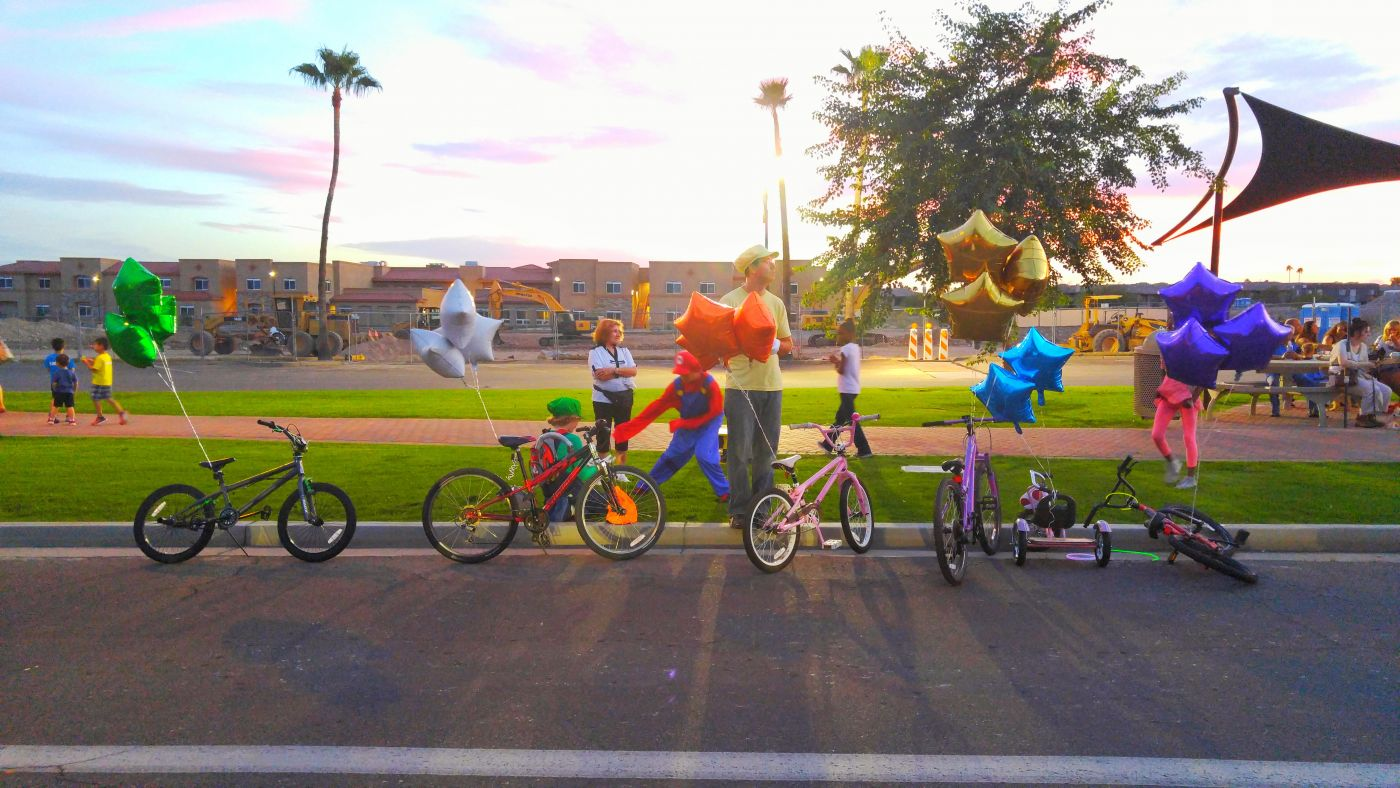 Halloween Fountain Hills Balloons