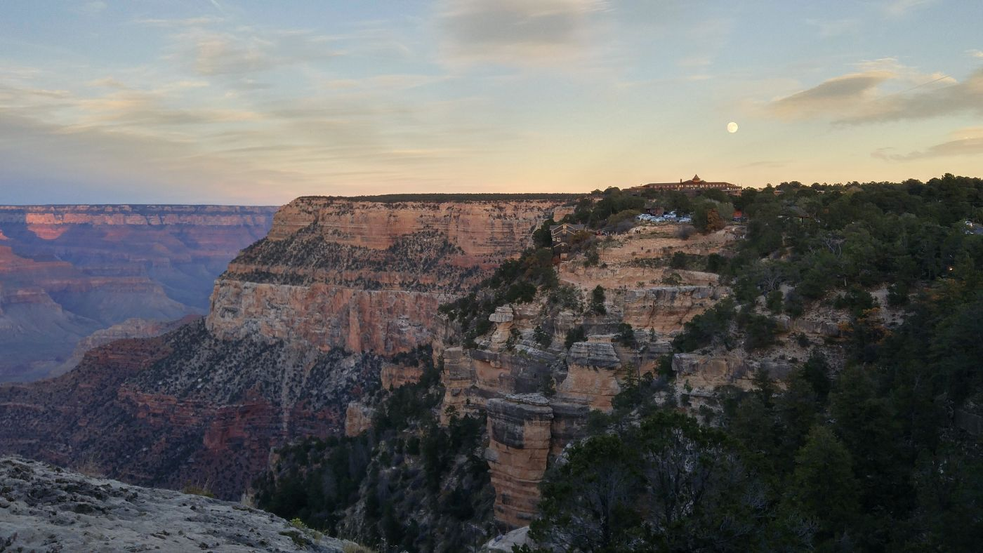 Moonrise Grand Canyon Village