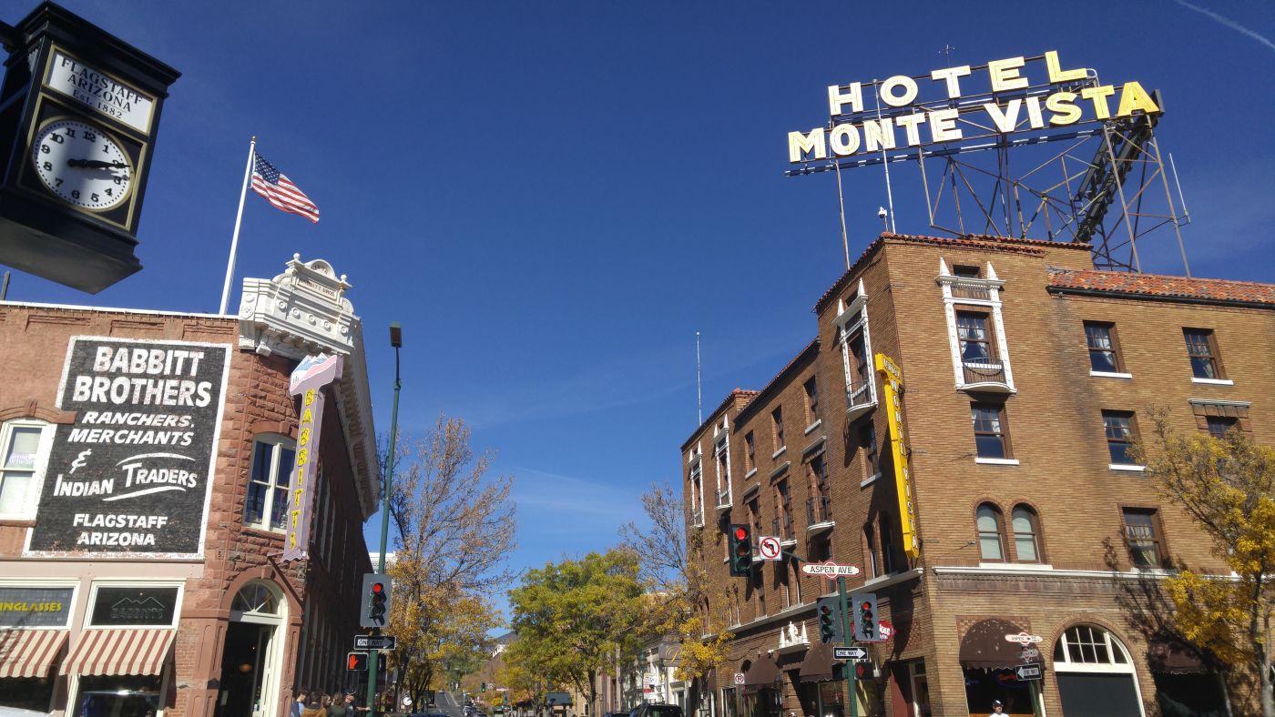 Hotel sign Flagstaff
