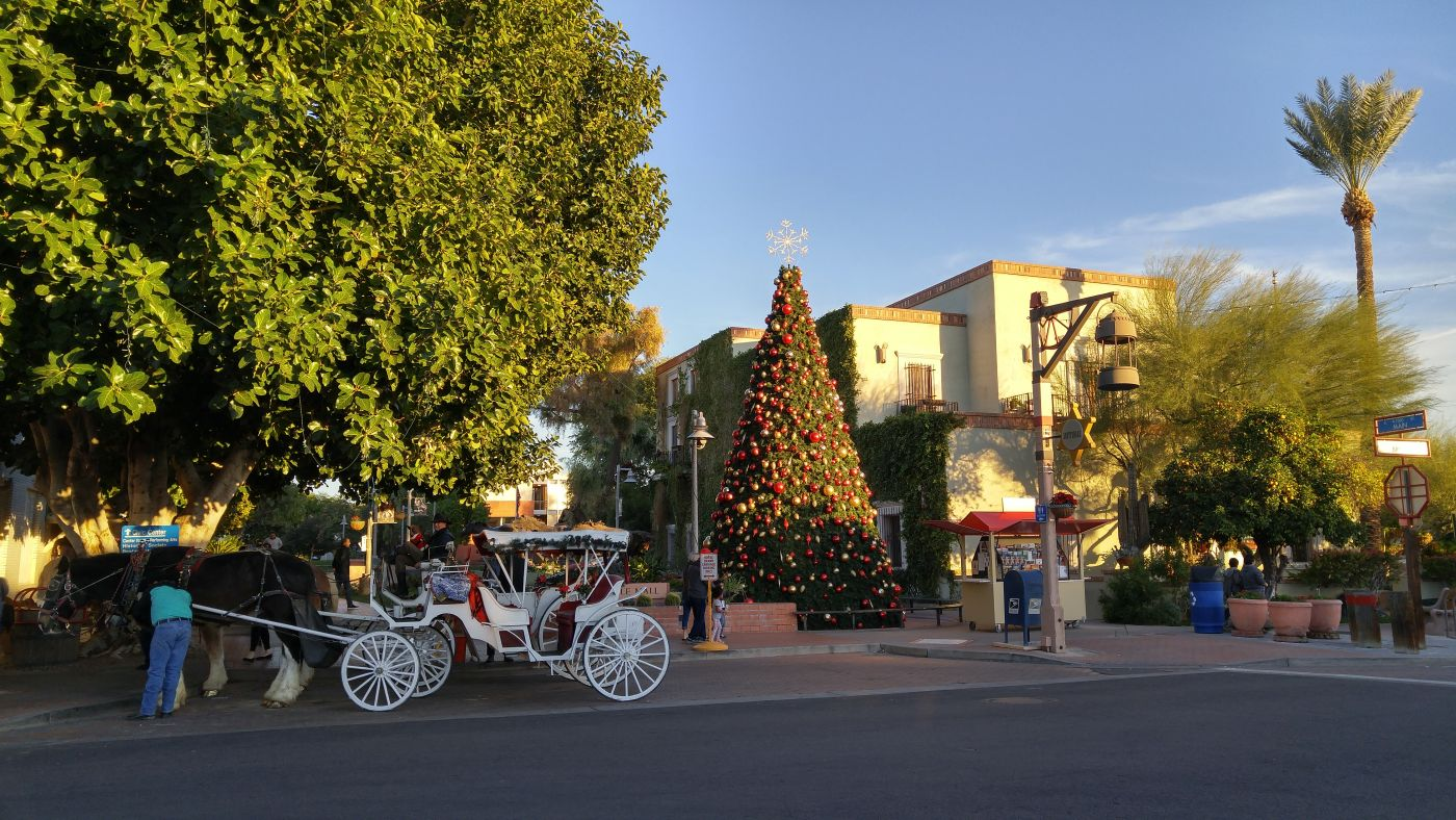 Christmas Old Town Scottsdale
